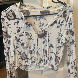 Kendal & Kylie pacsun croptop XS white and blue